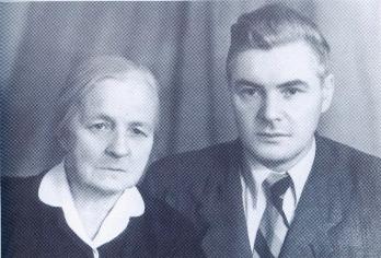 В.Будаговский с матерью Анной Владимировной