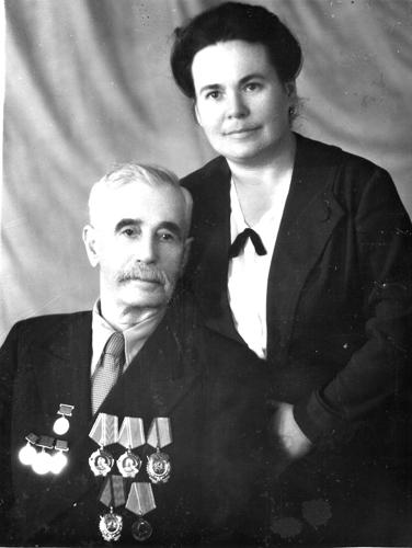 С дочерью Е. С.Черненко