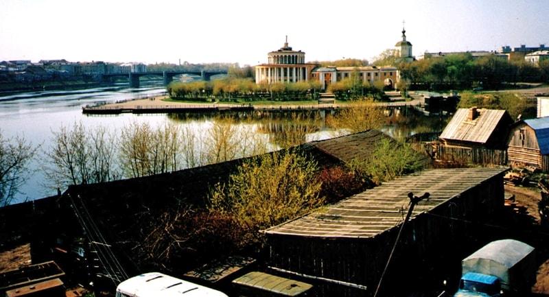 Место будущего сада Свято-Екатерининского монастыря